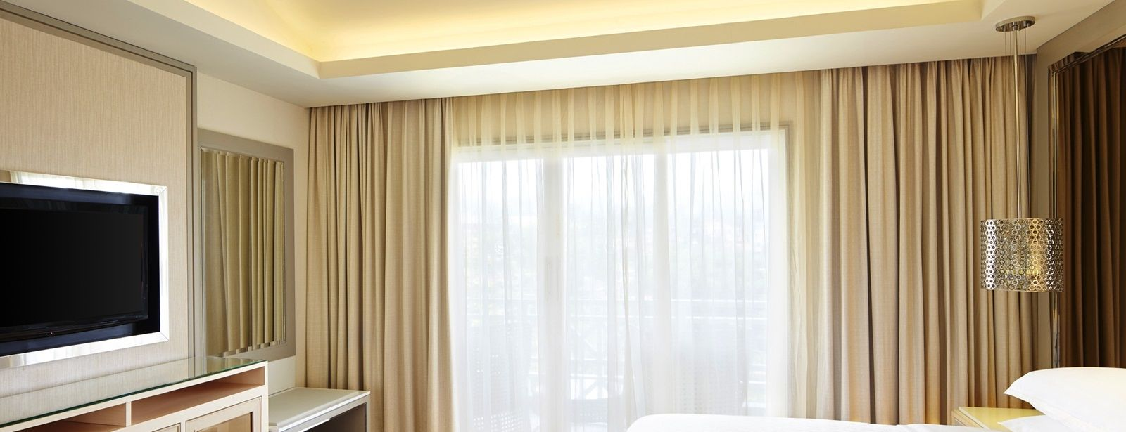 Towers Suite Bed Room Sheraton Bandung
